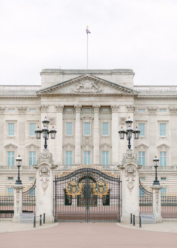 Buckingham Palace London - Holly Clark Editions
