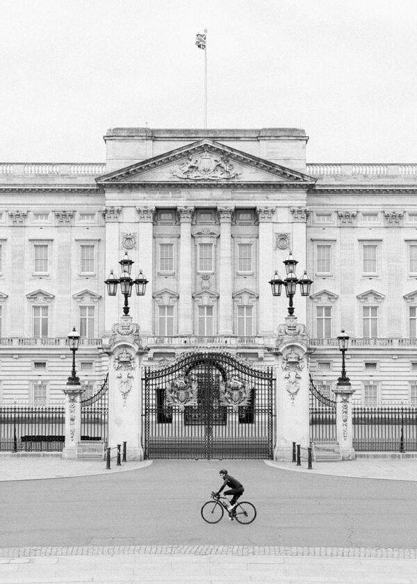 Buckingham Palace Print - Holly Clark Editions