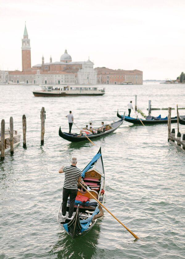 Venetian Gondoliers. Holly Clark Editions.